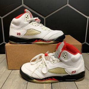 Air Jordan 5 Fire Red Countdown Pack Shoes Size 7Y